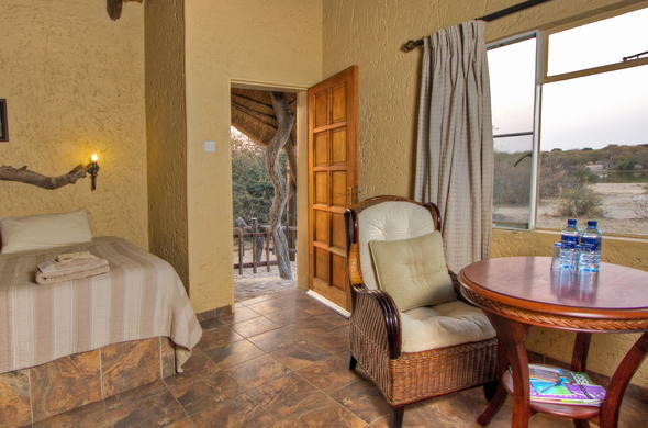 Comfortable family accommodation at Grasslands Bushman Lodge.