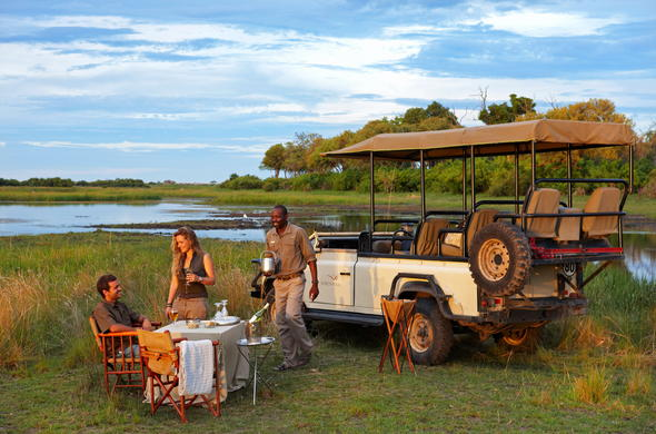 Romantic stop during your game drive in Linyanti.