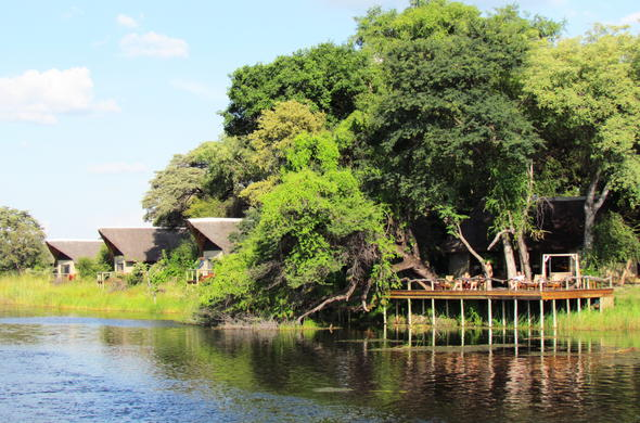 Accommodation on the Kwando River.