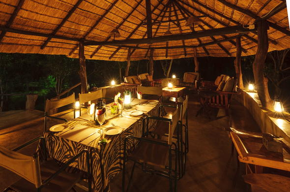 Dinner and drinks at Serolo Safari Camp.